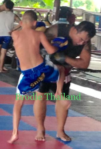 Brodie Munro training Sityodthong Camp Thailand